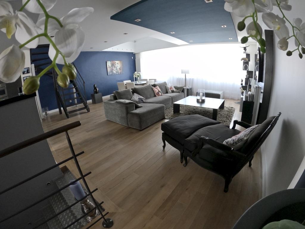 Salon #4